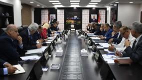 """مجلس الوزراء يكلف الوزارات كافة بتحديث بيانات موظفي غزة لمعالجة """"أزمة الرواتب"""""""