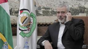 الرئيس عباس يتلقى اتصالا هاتفيا من هنية