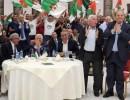 الرئيس عباس والجماهير الفلسطينية يتابعون مباراة الجزائر بنهائي كأس الأمم الإفريقية