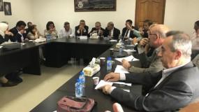 أبوعيطة يكشف تعهدات اشتية لثوري فتح بشأن رواتب موظفي غزة وتفريغات 2005