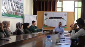 مركز د. حيدر عبد الشافي للثقافة والتنمية ينظم جلسة حوارية مع اعضاء نادي الحوار الشبابي بالمركز بعنوان الشباب والانتخابات.