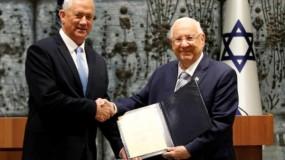 عقب تسلمه كتاب تشكيل الحكومة الإسرائيلية.. غانتس: يجب تقديم نتنياهو للعدالة