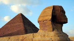 زاهي حواس: النبي إدريس لا علاقة له بالأهرامات وأبو الهول