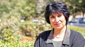 الأديبة ديما السمان : رواياتي تركز على أهمية الصمود في القدس ومواجهة التهويد والأسرلة