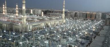 السعودية تستعد لفتح المسجد النبوي تدريجياً بدءاً من الأحد