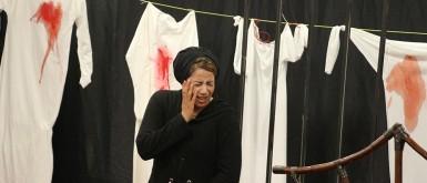 """""""ارجموا مريم"""" و """"خبير كورونا"""" مسرحيتان بدعم وزارة الثقافة في غزة"""
