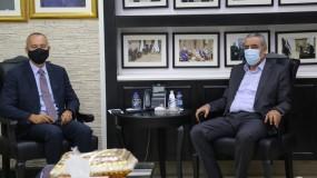 """"""" الشيخ يبحث مع ميلادينوف آخر التطورات السياسية """""""