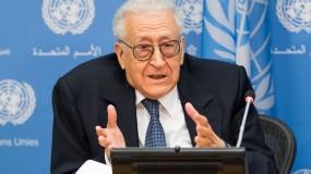 الرئيس عباس يشيد بمبادرة وزير الخارجية الجزائرية الأسبق التي أطلقها ضد الضم