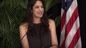 بايدن يعين شابة من أصل فلسطيني في البيت الأبيض