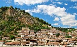 صندوق أبوظبي للتنمية يمول مشروعاً للإسكان في ألبانيا بقيمة 257 مليون درهم