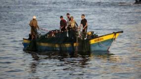 الشرطة البحرية بغزة: السماح للصيادين بالعمل عند الساعة الثالثة فجر الأحد