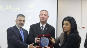 """سفارة فلسطين تهنىء الإعلامية ماجي حامد لفوزها في مسابقة نقابة الصحفيين المصرية حول ملف """" فلسطين """""""