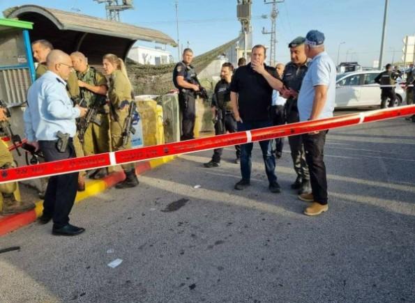 إعلام الاحتلال: اعتقال منفذ عملية إطلاق النار عند حاجز زعترة بنابلس