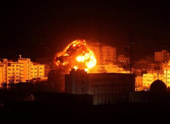 """الاحتلال يهدد """"بقصف واسع النطاق"""" ضد غزة إذا تم استئناف إطلاق البالونات الحارقة"""