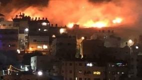 سلسلة غارات جوية وبرية وبحرية عنيفة ومتتالية على قطاع غزة