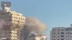 طائرات الاحتلال تستهدف برج مشتهي (القاهرة) دوار المالية غرب غزة
