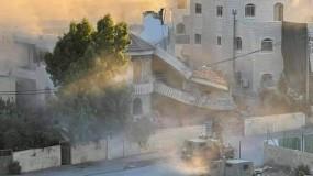 جيش الاحتلال يفجر منزل الأسير منتصر شلبي