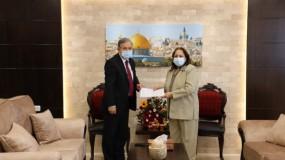 وزيرة الصحة: أدوية فلسطينية سيتم ارسالها لأهلنا بلبنان