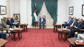 لقاء الرئيس عباس مع وزيري الصحة والتعاون الإقليمي الإسرائيليين