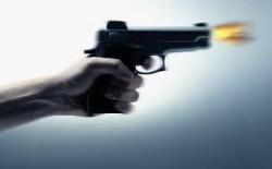 اطلاق النار على سيارة محامي بغزة