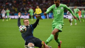 فرحة عارمة تعم الشوارع الجزائرية بتأهل المنتخب إلى نصف نهائي بطولة كأس أمم أفريقيا