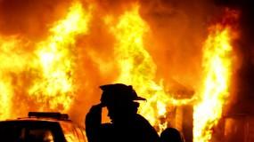 """نشوب حريق في """"القرية البدوية"""" شمال قطاع غزة"""