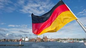 بعد العسكري...ألمانيا: الحزبان الحاكمان يسعيان لحظر الجناح السياسي لحزب الله في أوروبا