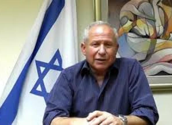 """آفي ديختر: الطريقة الوحيدة للتعامل مع غزة وحماس إطلاق عملية """"الدرع الواقي"""""""