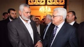 إسماعيل هنية يهاتف الرئيس محمود عباس