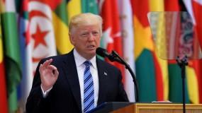ترامب: إيران تلعب بالنار  و يخشى هجمات إرهابية إذا انسحب الجيش من أفغانستان