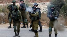 جيش الاحتلال يطلق النار تجاه شابين لمحاولتهما تنفيذ عملية طعن قرب مستوطنة