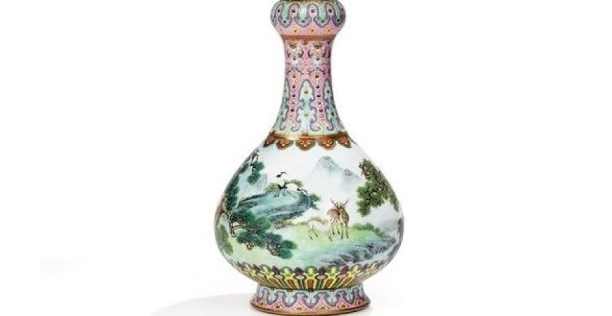 مزهرية نادرة صُنعت في الصين بالقرن الثامن عشر (ميرور)