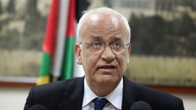 """عريقات: الحديث عن جزيرة صناعية """"كلام فارغ"""" وندرس رد حماس بشأن الانتخابات"""